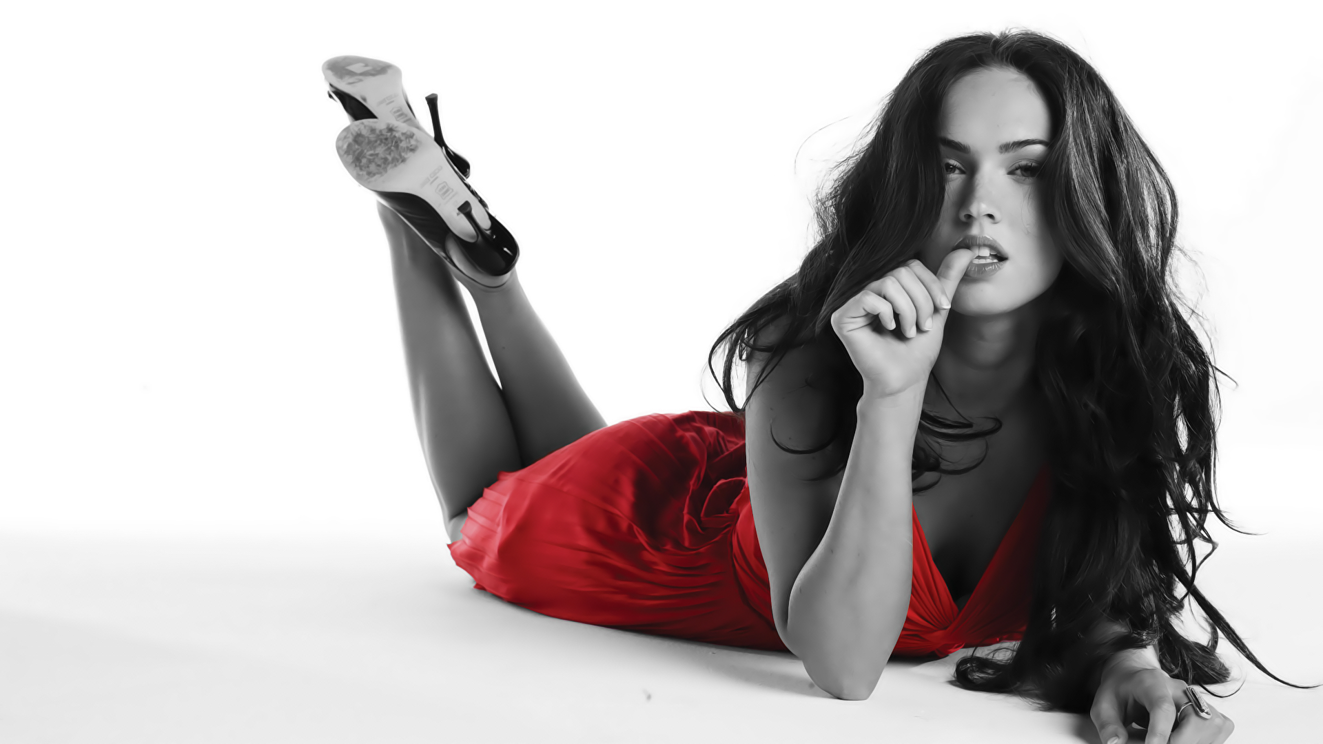 Megan_Fox_Wall_Lady_in_Red_by_m4riOS